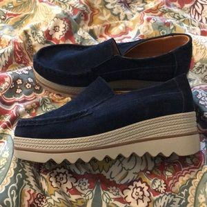Shoes - Navy platform loafers